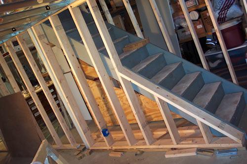 Framed_Stairs (48731 Bytes)
